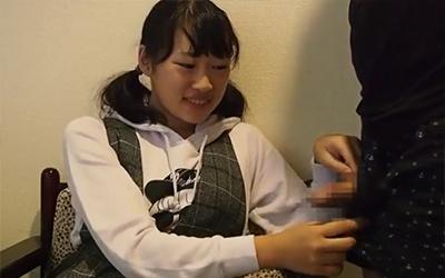 見た目が完全ロリの広島の素人がハメ撮り個人撮影